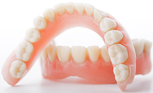 Whittier Dentist | dentures, replace missing teeth | Thomas Trinh DDS Inc